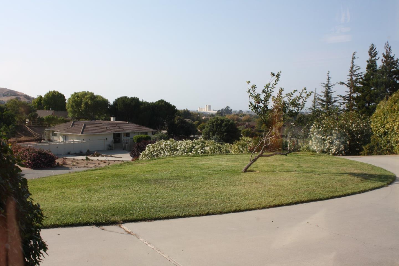24025 Ranchito Del Rio Court, Corral De Tierra, CA 93908