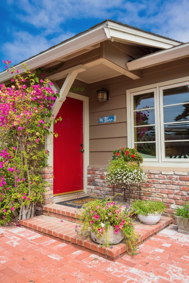 26152 Mesa Dr, Carmel, CA