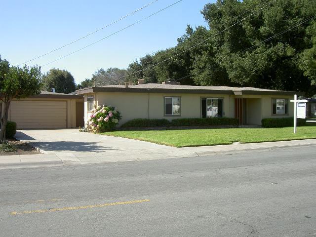 107 W Acacia St, Salinas, CA 93901
