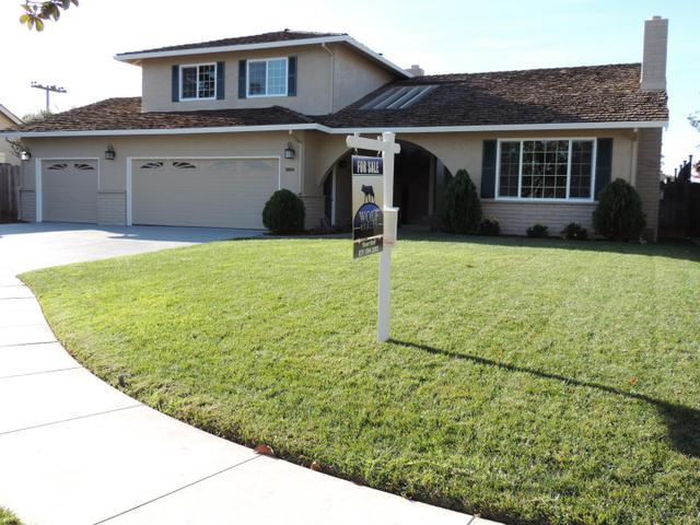 1118 Briarwood Pl, Salinas CA 93901
