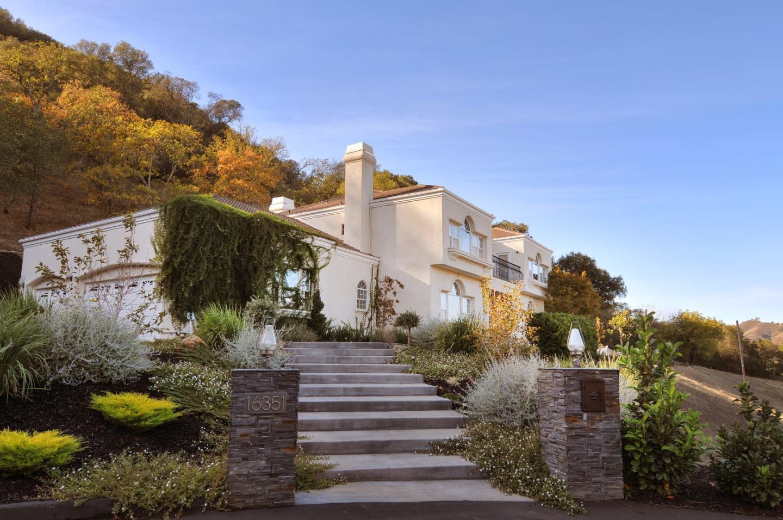 16351 Paradise Valley Ln, Morgan Hill, CA