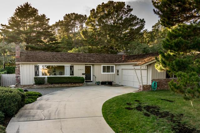 641 Toyon Dr, Monterey, CA 93940