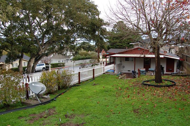 2123 David Avenue, Monterey, CA 93940