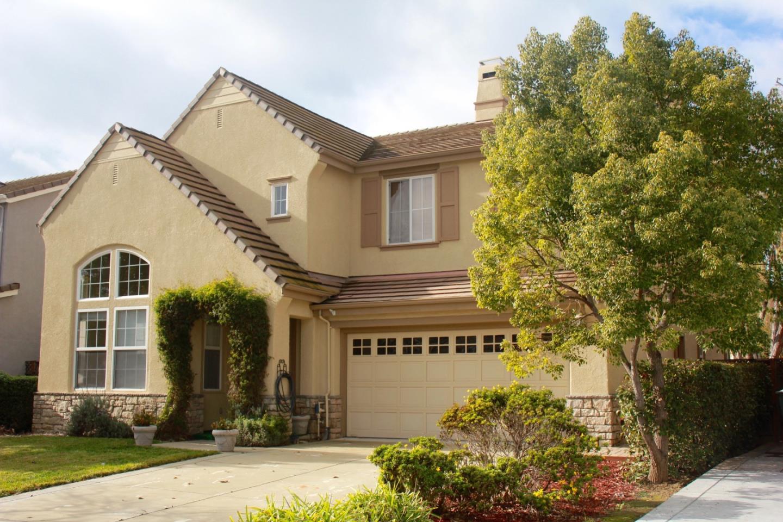 8861 Zinnia St, Gilroy, CA