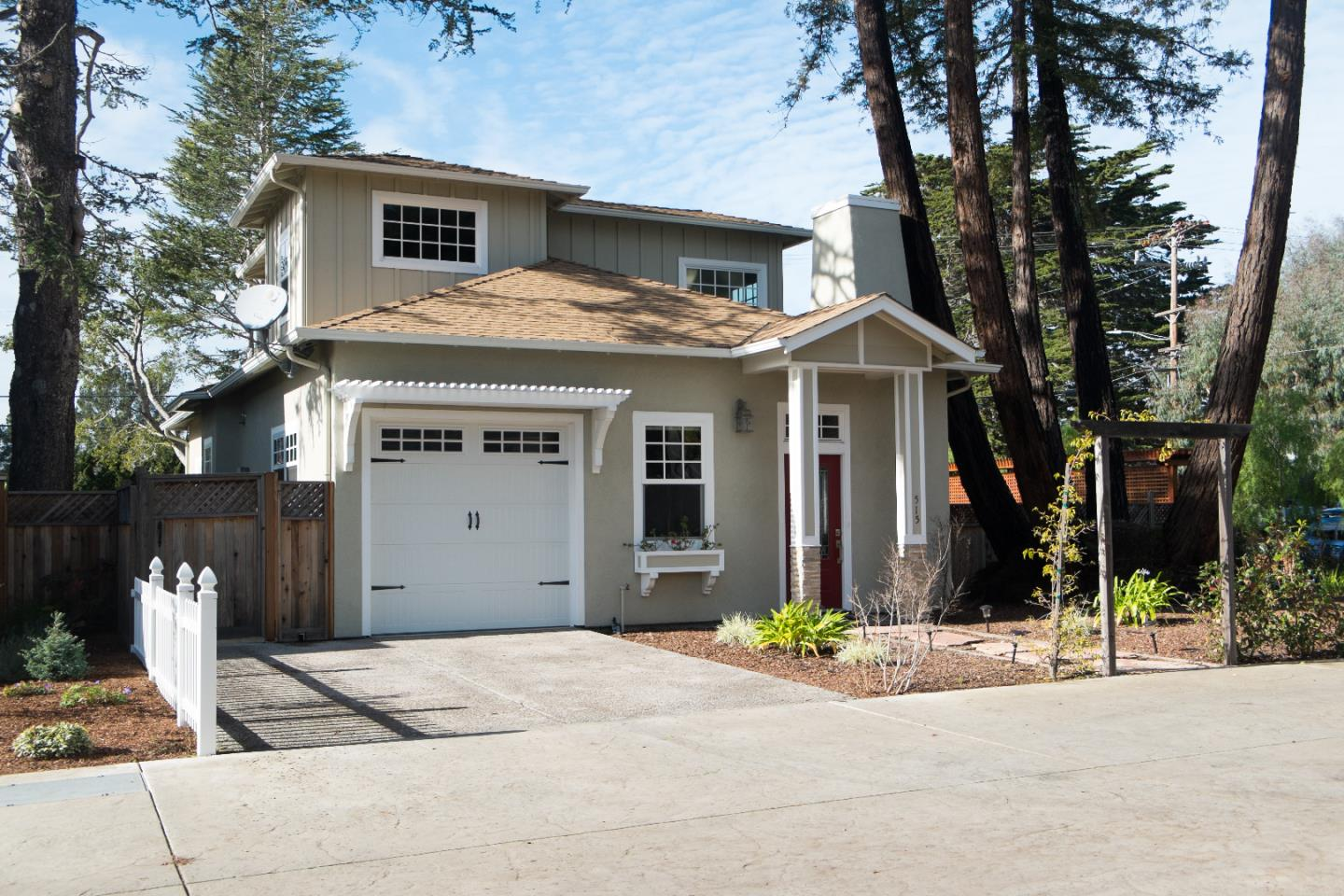 515 Hill St, Capitola, CA