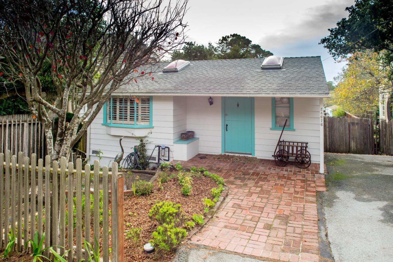 24676 Guadalupe St, Carmel, CA