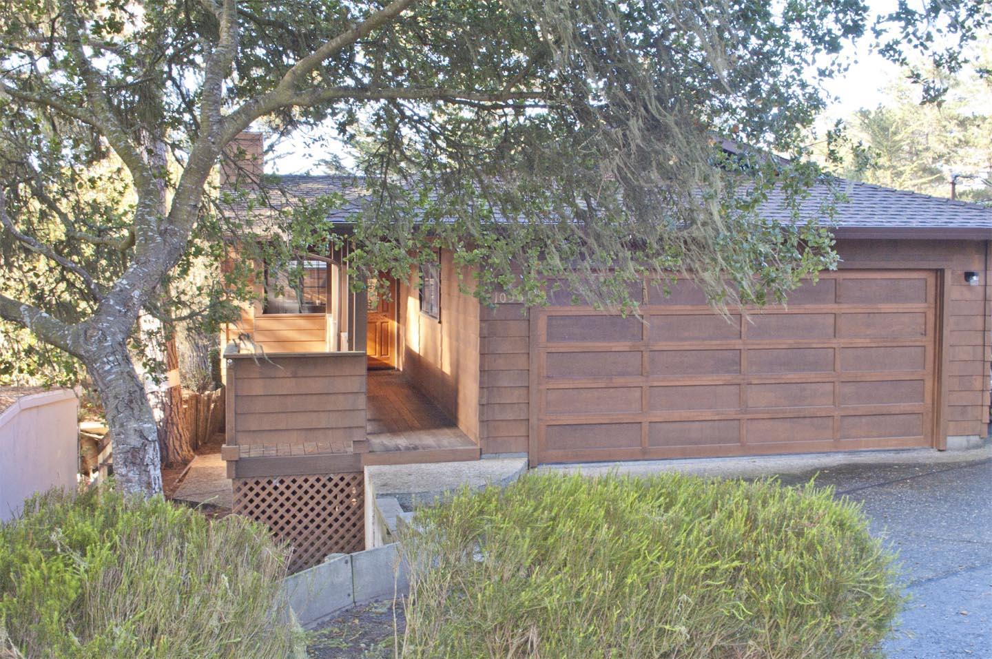 1035 Short St, Pacific Grove, CA