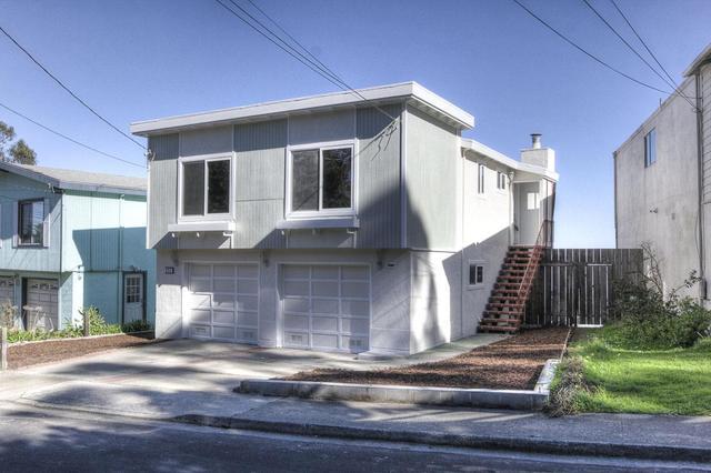 211 Oakridge Dr, Daly City, CA