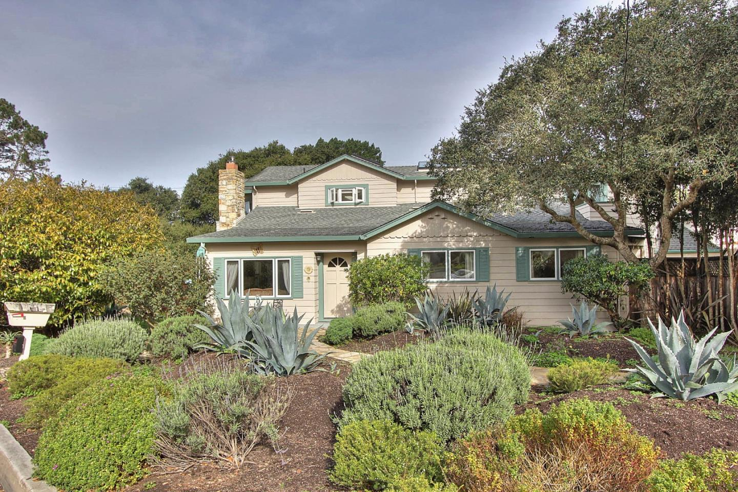 811 Carmel Ave, Pacific Grove, CA