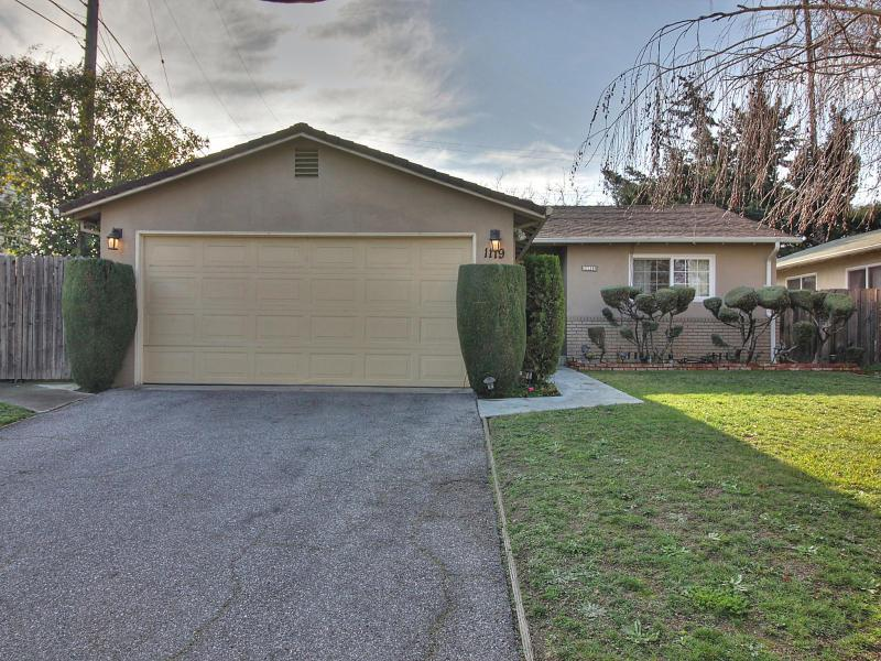 1119 Kentwood Ave, Cupertino, CA