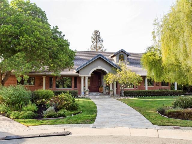 26290 Catharine Ct, Los Altos, CA