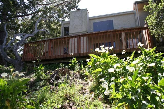 13 Montsalas Dr #APT 13, Monterey CA 93940