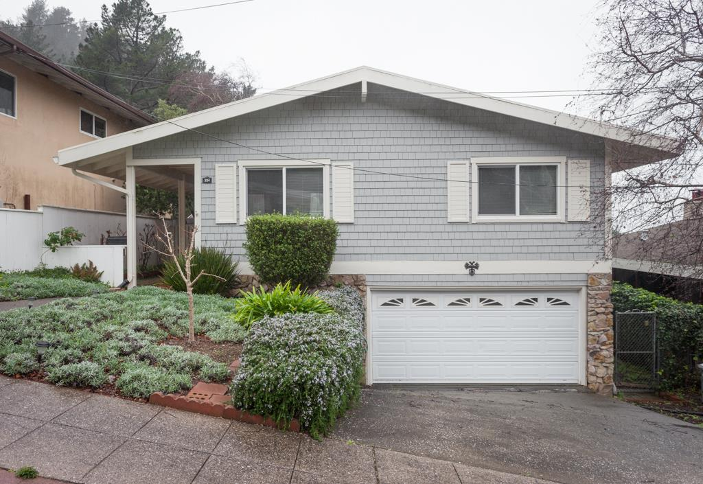 334 Reichling Ave, Pacifica, CA