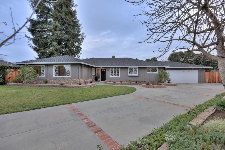 1537 Tiptoe Ln, Los Altos, CA