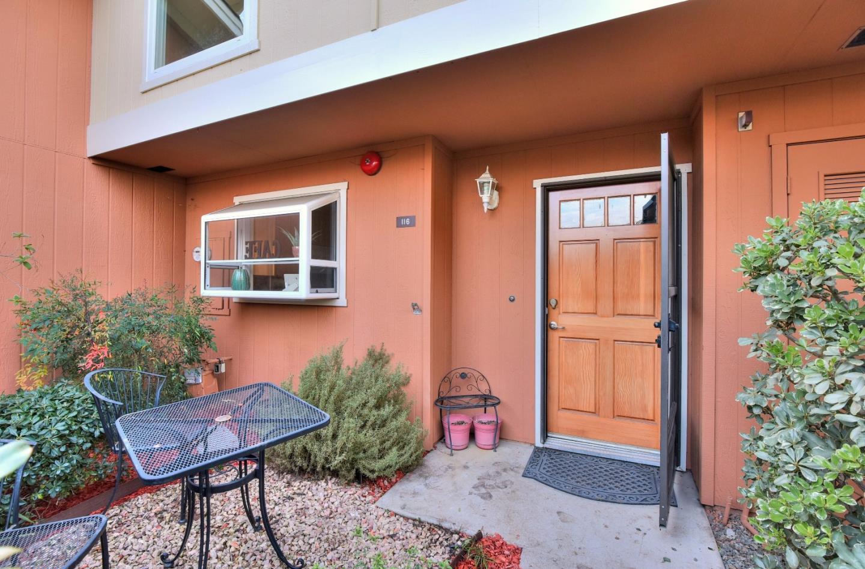 116 Granada Dr, Mountain View, CA
