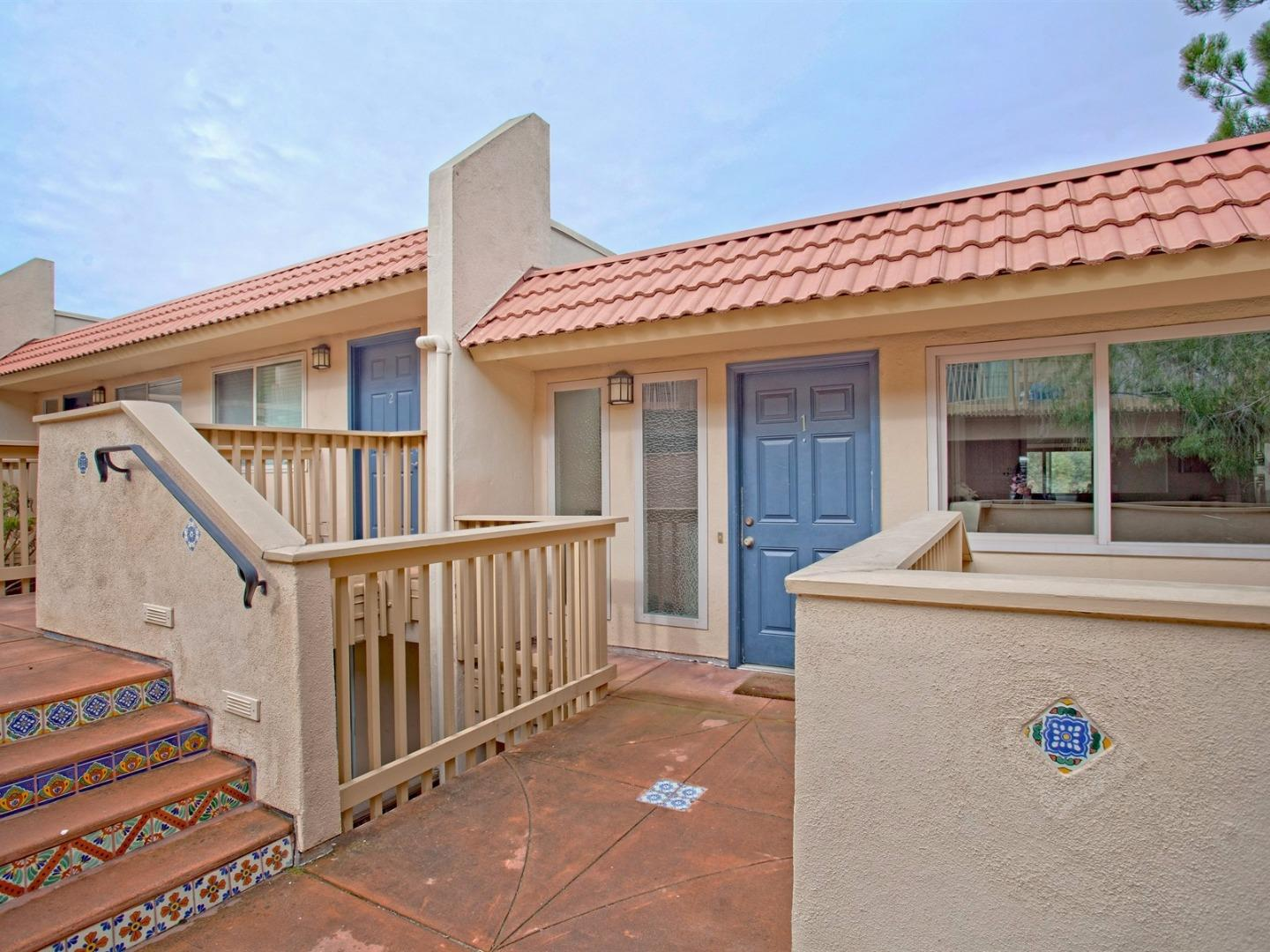 4050 Farm Hill Blvd #APT 1, Redwood City, CA