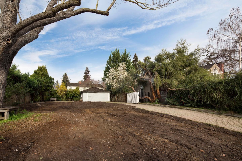 2257 Bryant St, Palo Alto, CA