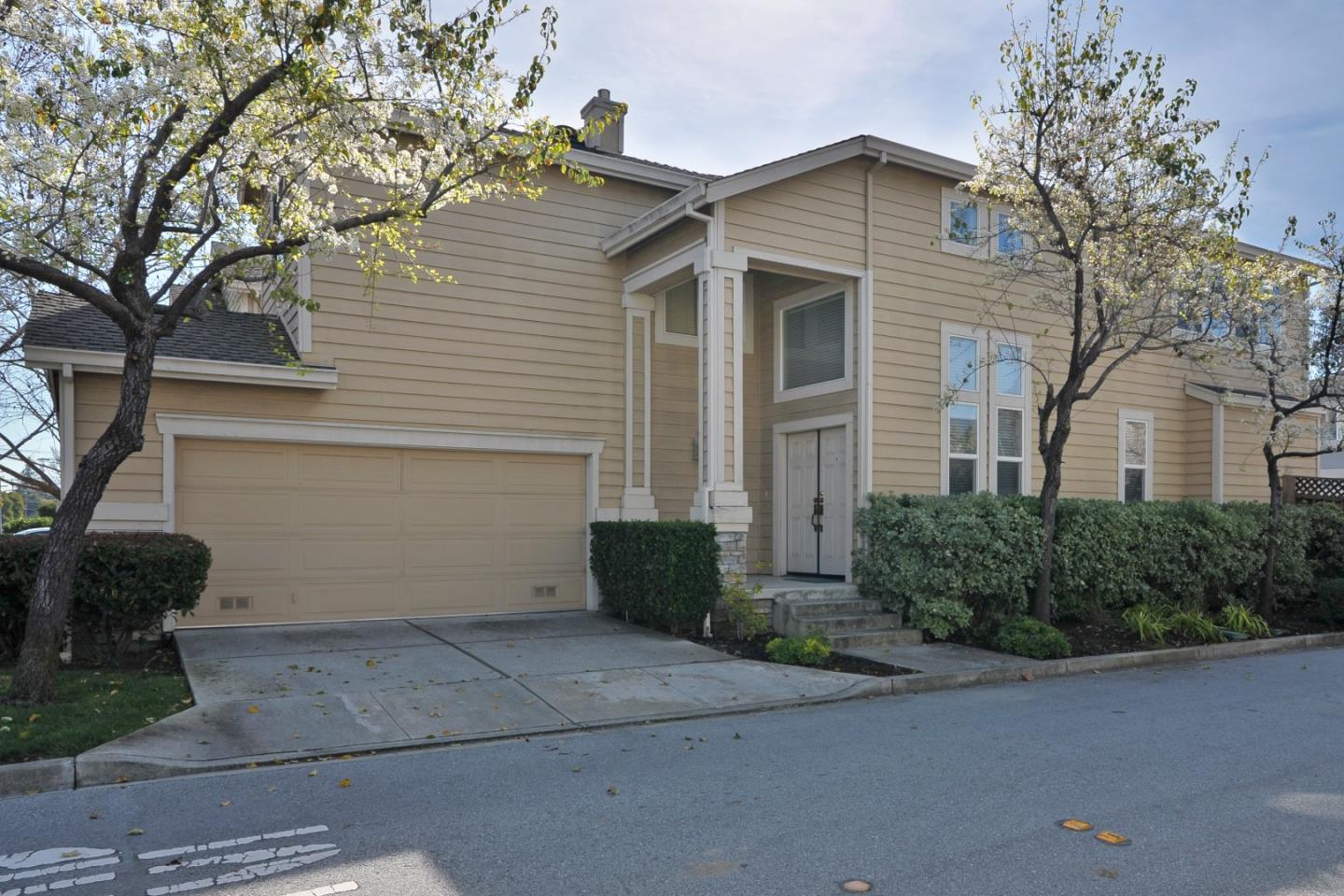 1428 Valota Rd, Redwood City, CA