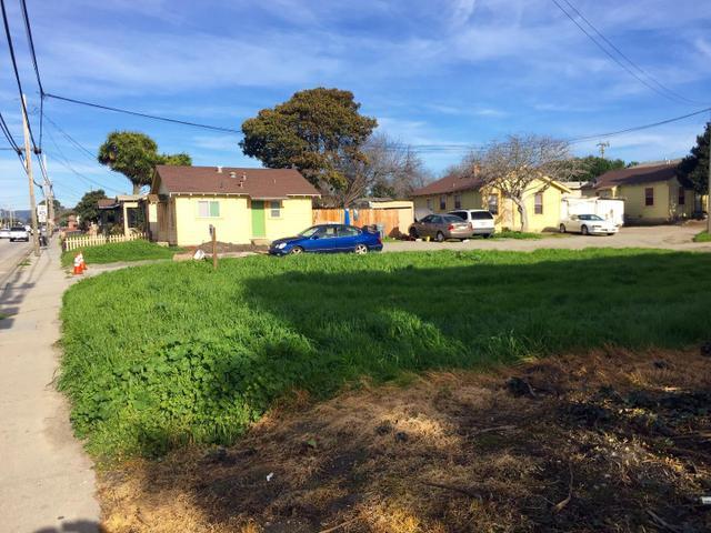 22 Natividad Rd, Salinas, CA 93906
