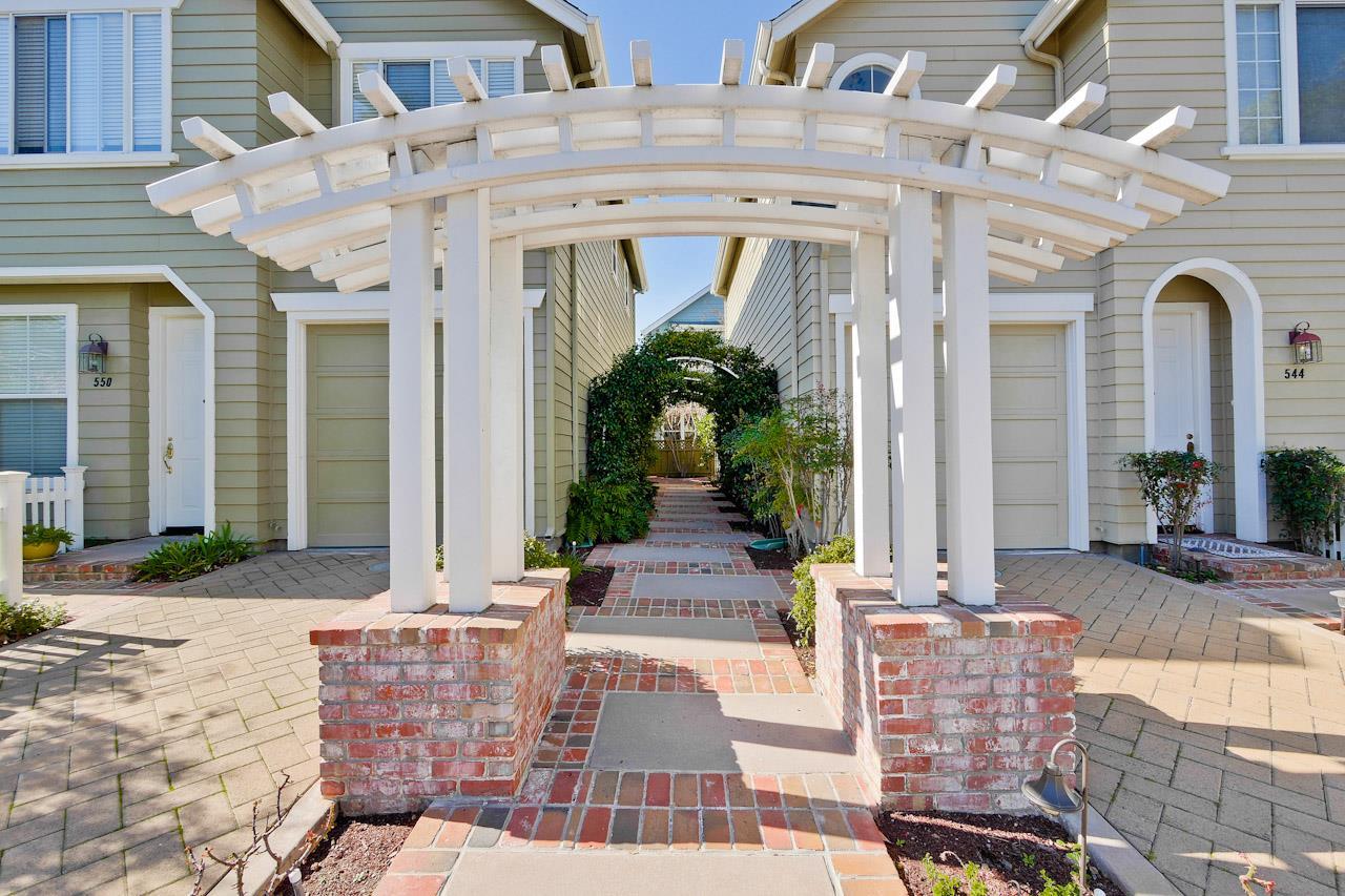 546 Gabilan St, Los Altos, CA