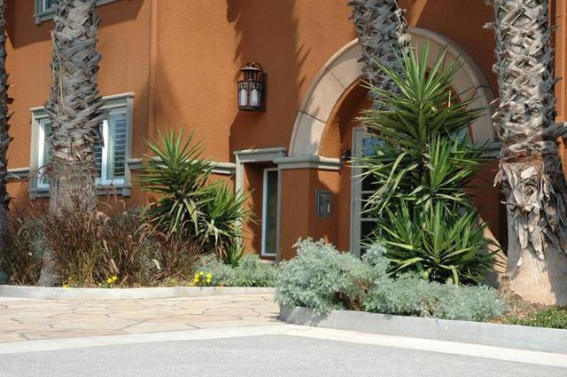 1865 Palm View Pl #128, Santa Clara, CA 95050