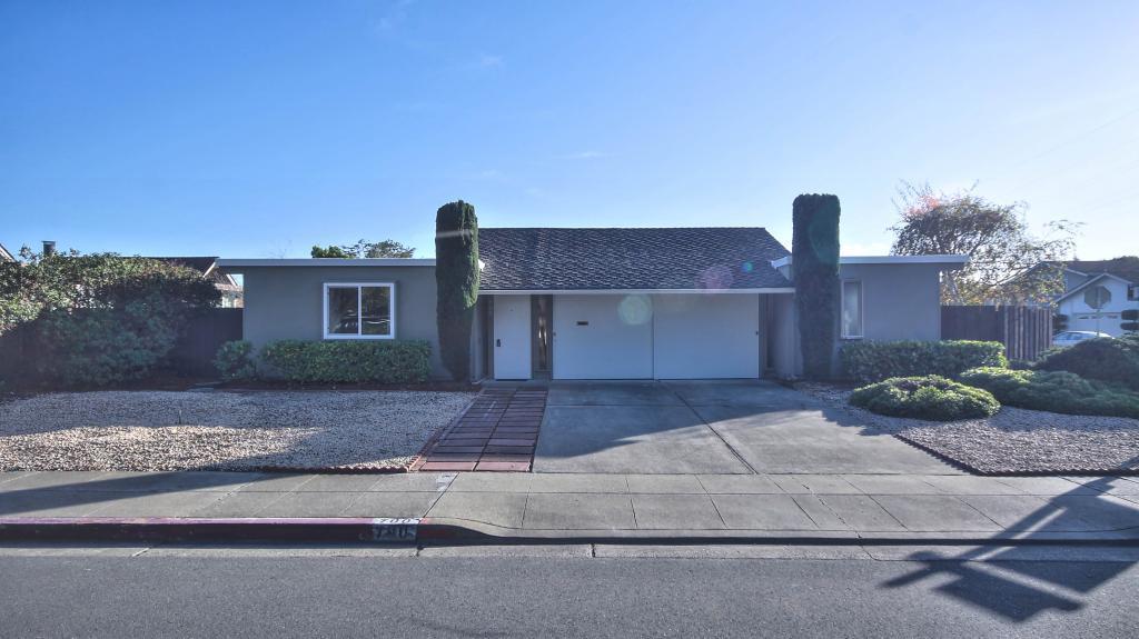 580 Ahwanee Avenue, Sunnyvale, CA 94085