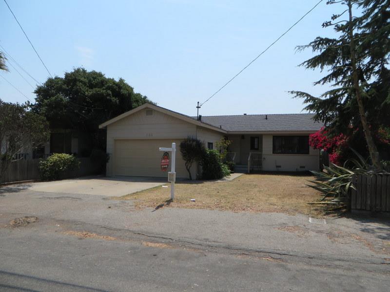 988 Harcourt Avenue, Seaside, CA 93955