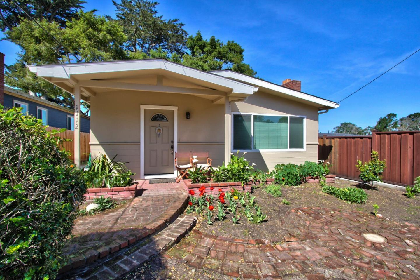 1112 Piedmont Avenue, Pacific Grove, CA 93950