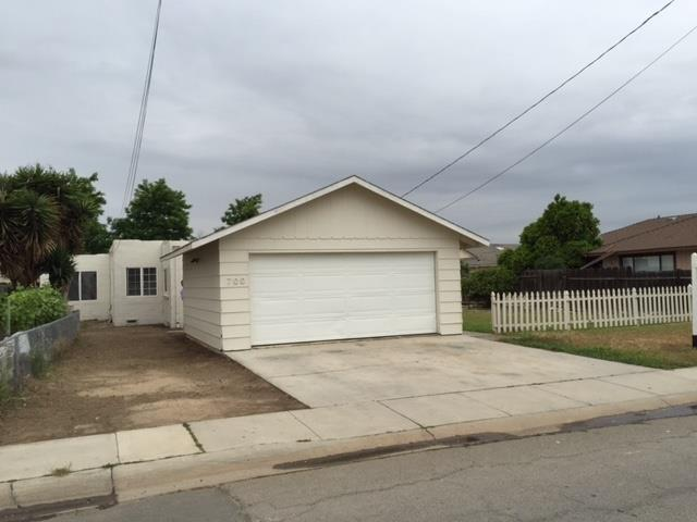 700 Apple Ave, Greenfield, CA