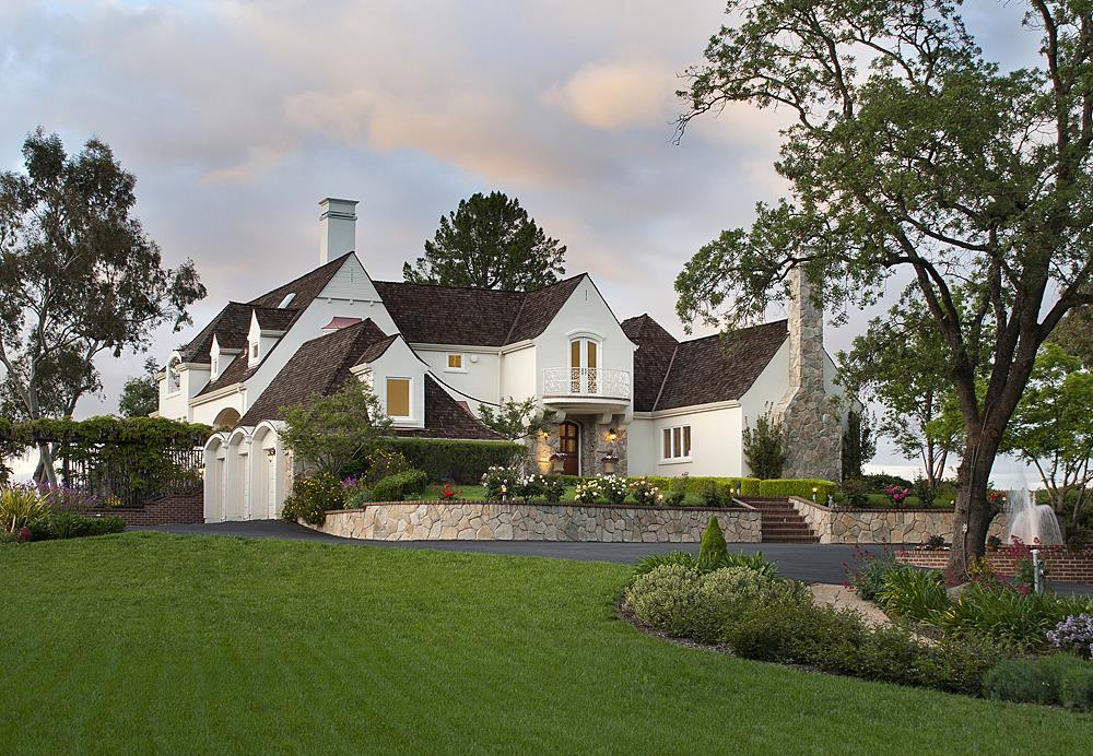 21363 Saratoga Hills Rd, Saratoga, CA