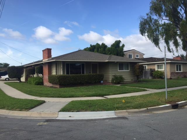 21 San Juan Dr, Salinas, CA 93901