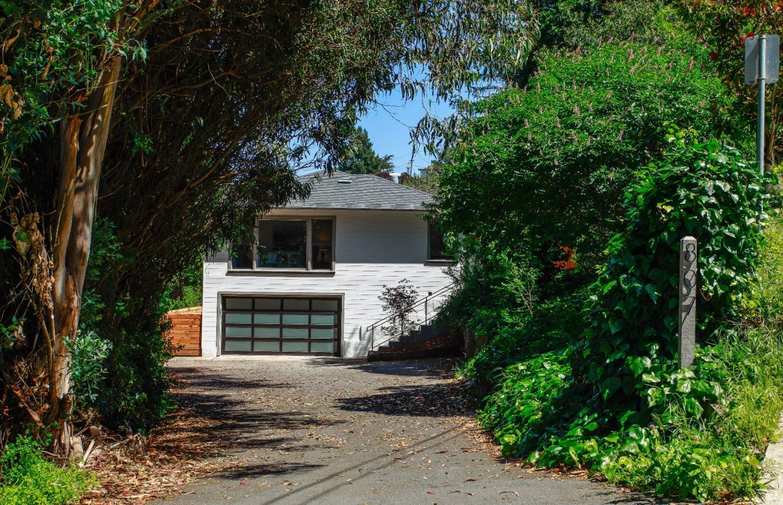 807 Sierra Point Rd, Brisbane, CA