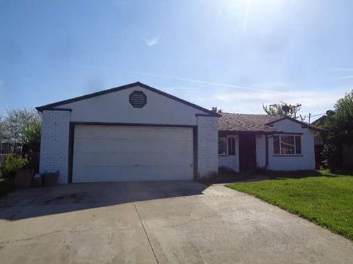 2124 Virgilia Ln, Olivehurst, CA