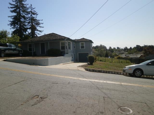 3522 Mission Dr, Santa Cruz, CA 95065