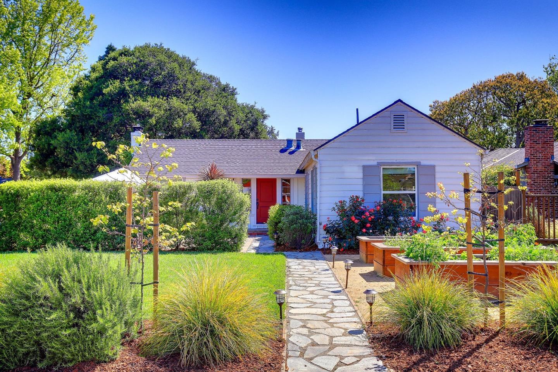 1056 Greenwood Dr, Menlo Park, CA