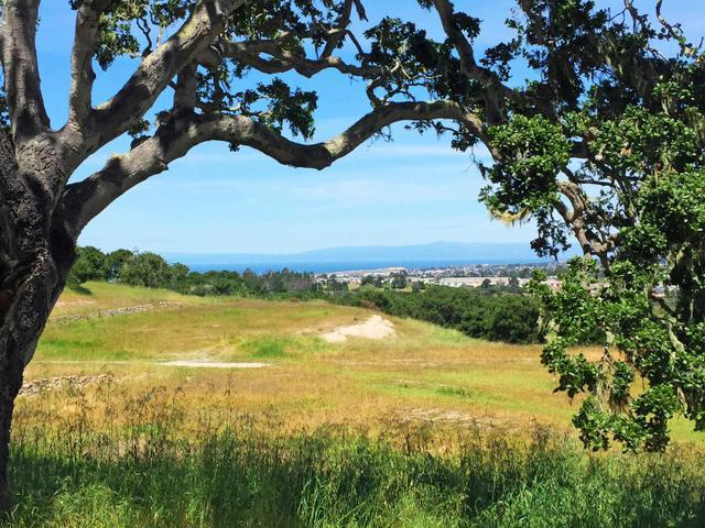 7586 Paseo Vis, Monterey, CA 93940