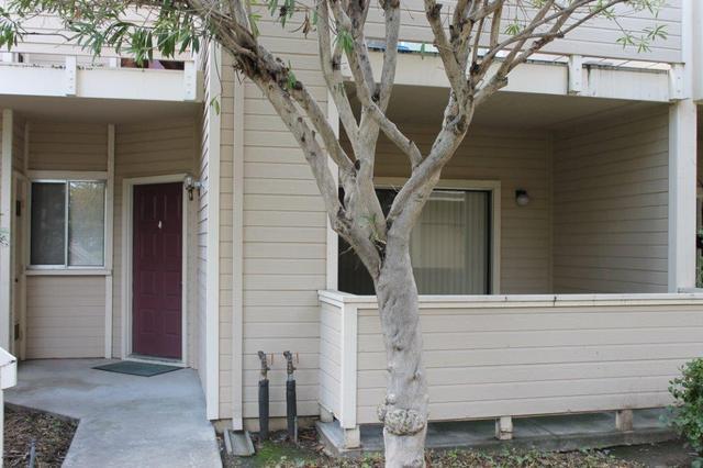 1136 Cedar Gables Dr, San Jose, CA 95118