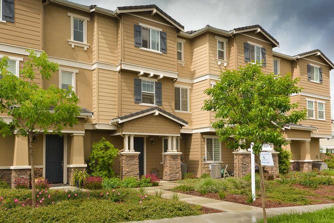 17015 Murphy Ave, Morgan Hill, CA