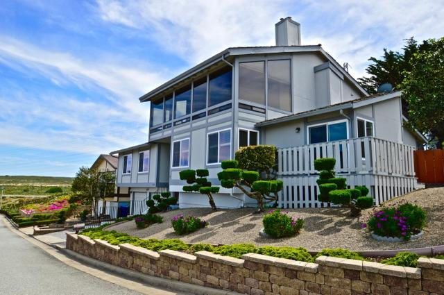 1404 Skyview Dr, Seaside, CA 93955