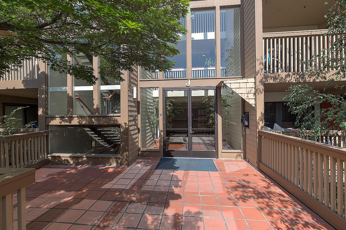 49 Showers Dr #APT J217, Mountain View, CA