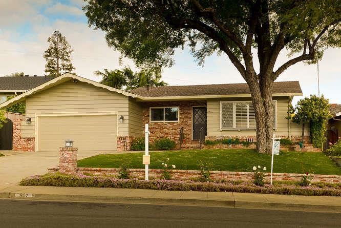 682 Barbour Dr, Redwood City, CA