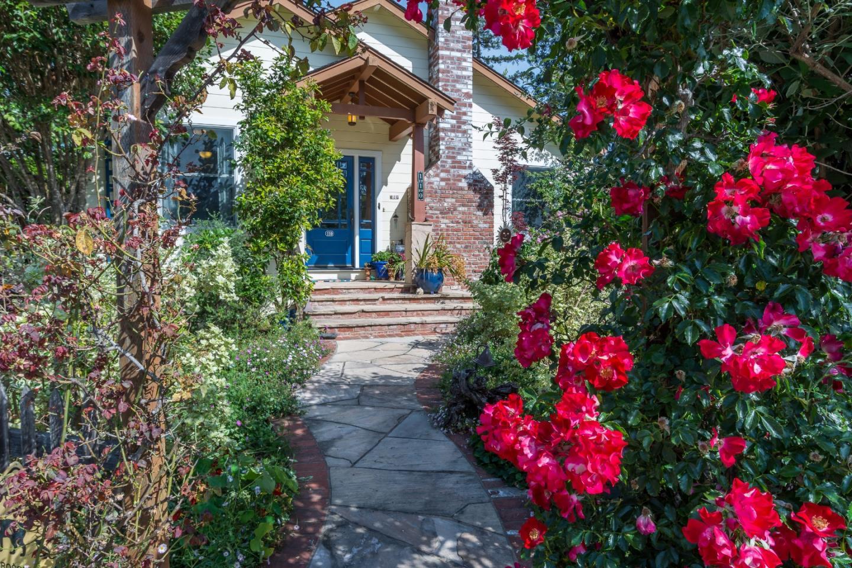 110 Edgehill Dr, San Carlos, CA