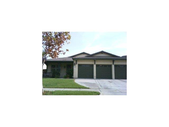 170 Walker Ranch Pkwy, Patterson, CA