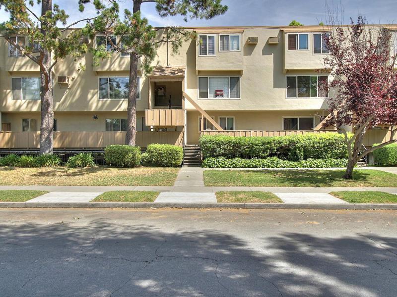 490 Auburn Way #APT 27, San Jose, CA