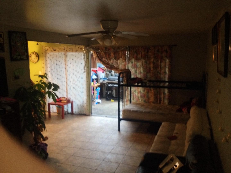 916 Acosta Plaza #20, Salinas, CA 93905