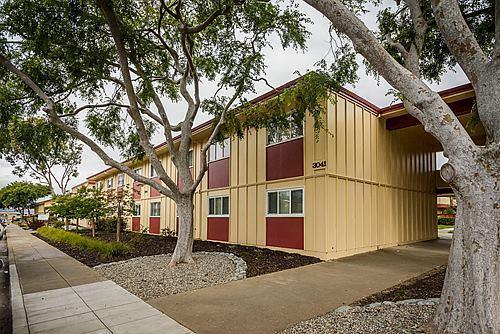 3041 Los Prados St #APT 205, San Mateo, CA