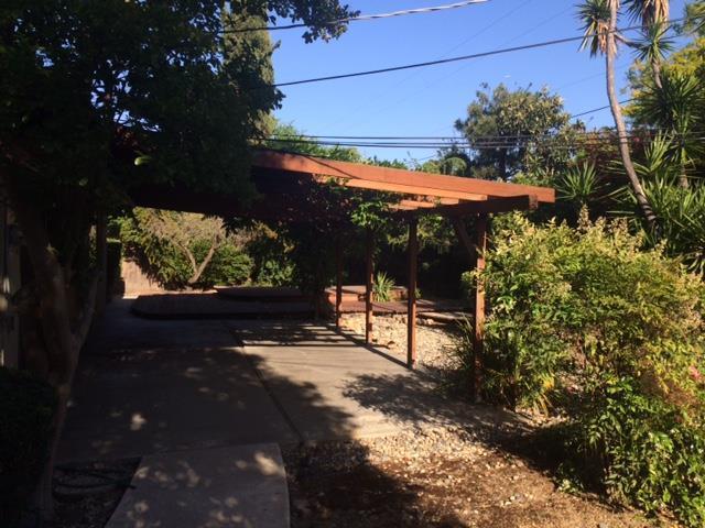 14460 Blossom Hill Rd, Los Gatos, CA 95032