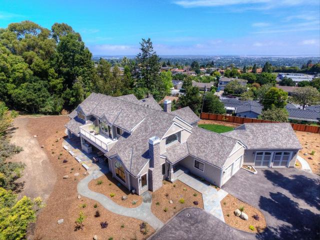 1090 Lakeview Way, Redwood City, CA