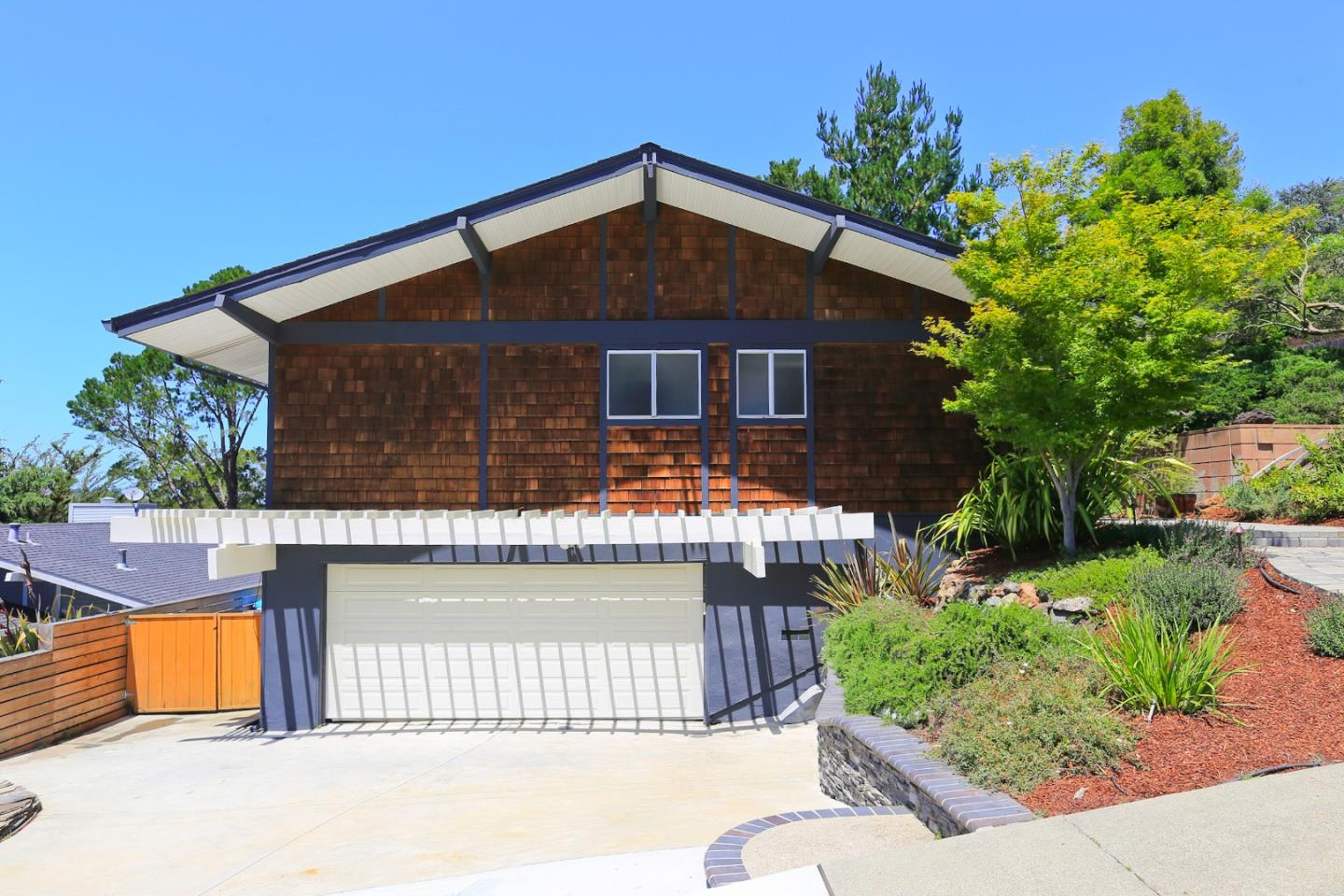 7 Bay View Dr, San Carlos CA 94070