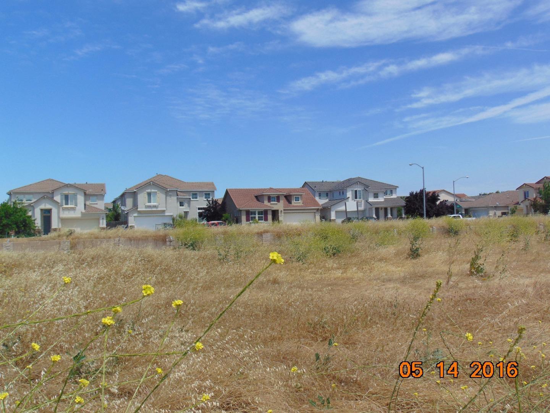 3920 Blackberry Ave, Merced, CA 95348
